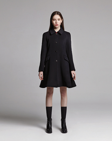 BACK FLARE SILHOUETTE COAT (BLACK)